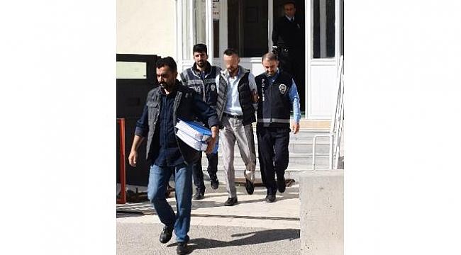 12 taciz ve hırsızlık suçundan aranan zanlı Akşehir'de yakayı ele verdi