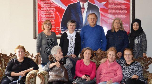 CHP'Lİ KADINLARDAN, AKŞENDER'E DESTEK...