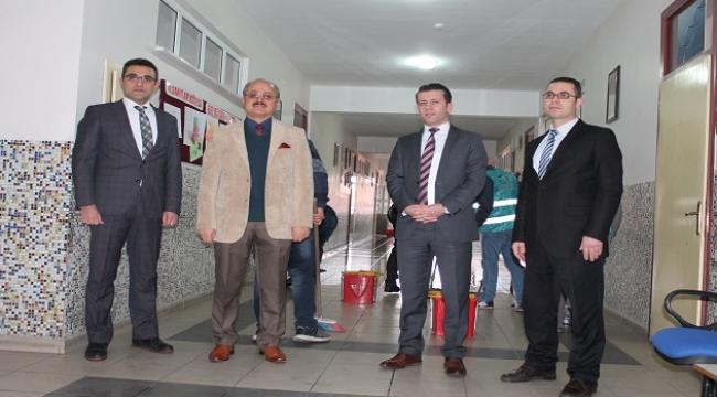 """AKŞEHİR'DE """"OKULLAR PARILDIYOR'' ETKİNLİĞİ"""