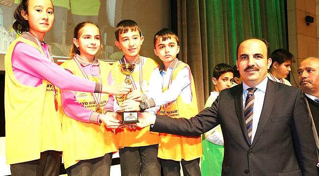 Haydi Bil Bakalım Bilgi Yarışması'nda ödüller verildi