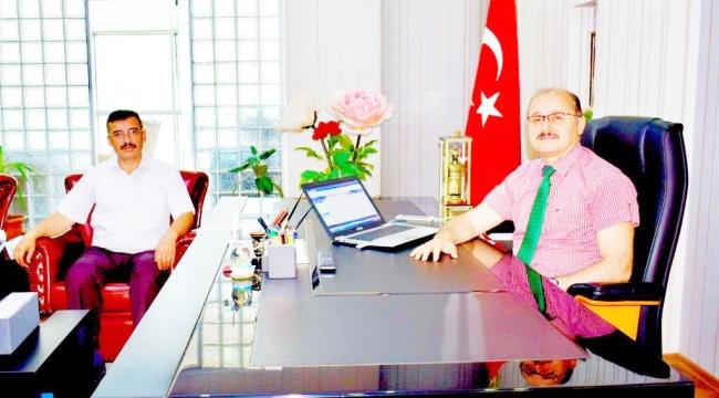 Kaymakam Türk'e Cezaevi Müdüründen Ziyaret