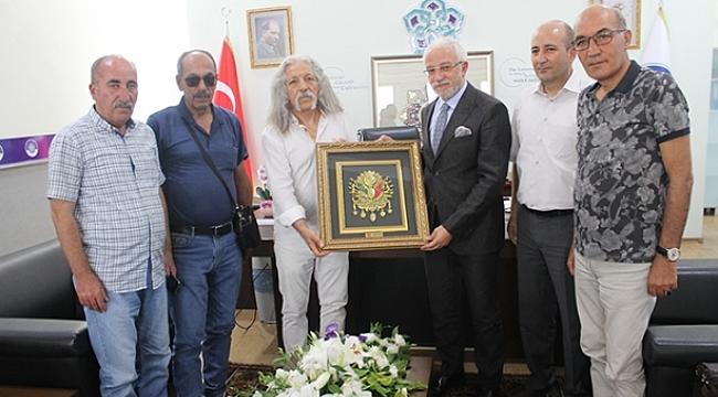 TURÇEV-DER'DEN REKTÖR CEM ZORLU'YA ZİYARET