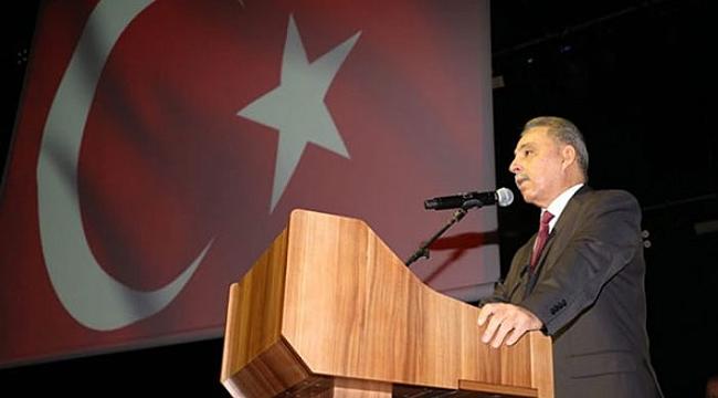 VALİ TOPRAK'IN UYARDIĞI KİŞİ ÖĞRETMEN DEĞİL GAZETECİYMİŞ