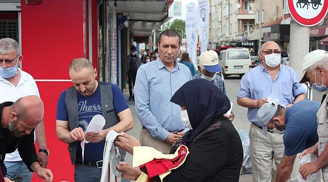 """SİYASİ GÖRÜŞ AYRIMI YAPMADIK"""