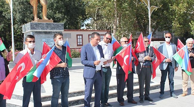MHP AKŞEHİR'DEN ESNAFA AZERBAYCAN VE TÜRK BAYRAĞI