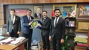 AK GENÇLİK'TEN MİLLETVEKİLİ ERDEM'E ZİYARET!
