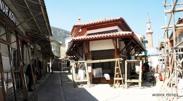 Arasta Çarşısı'nda Tarihi Dönüşüm