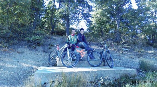 AKDOST, Bisiklet Pedalını  çevirmeye devam ediyor