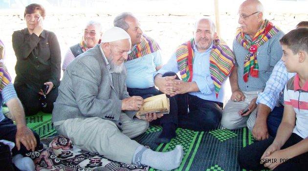 TURGUTELİ TÜRKMENLERİ TURGUT'TA BULUŞTU YUNAK'IN EN BÜYÜK ŞÖLENİ BÜYÜK COŞKUYLA KUTLANDI